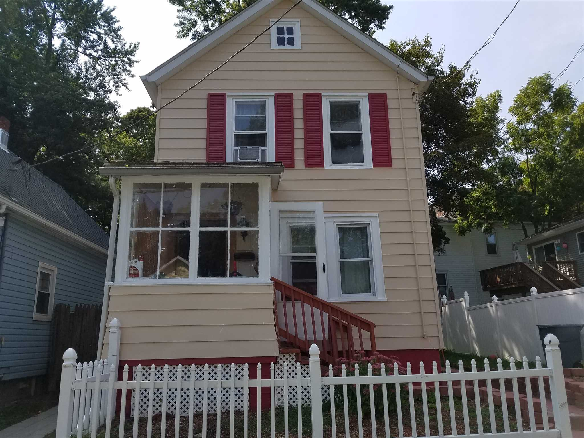 2 GLENWOOD AVE Poughkeepsie City, NY 12603 - MLS #: 365256